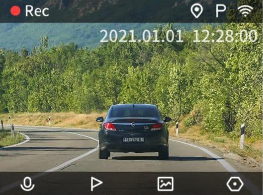 Hình ảnh ghi hình phía trước xe